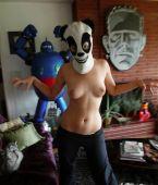 mostrando las tetas a la webcam: la mascara