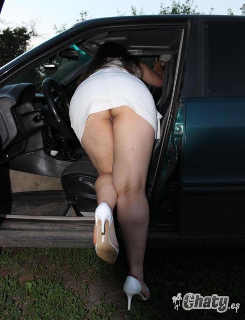 Mujeres desnudas maduras en tacones altos