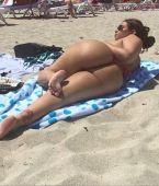 Mega culo en la playa