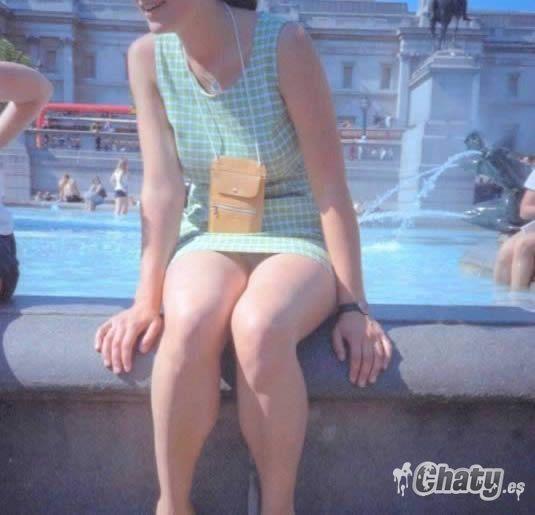 Bajo falda 2 mujeres hermosas de compras parte 2 - 3 part 9