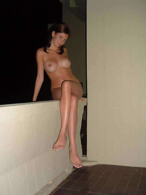 Amateur Balcony Dare