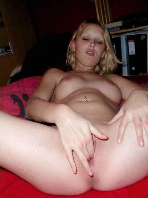 Putita de fatima masturbandose 2
