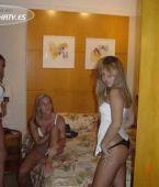 orgias de mujeres, no desnudas, chicas calientes semidesnudas
