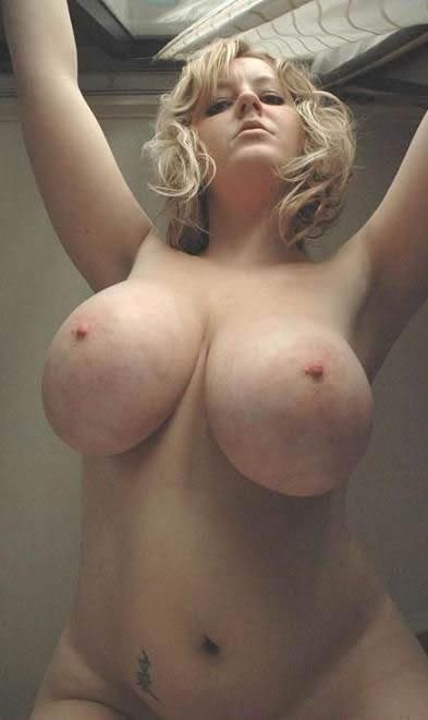 enormes tetas modelos putas fotos