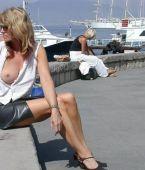 mujeres maduras exhibiendose, putillas en publico